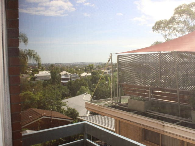 2/52 Henzell Terrace, Greenslopes, Qld 4120