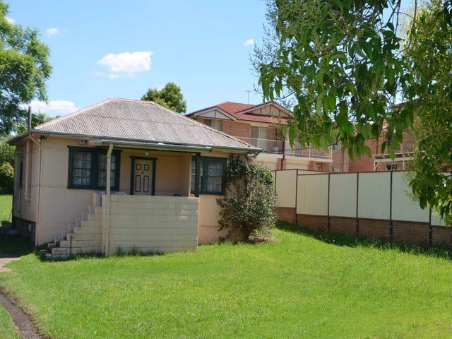 12 Marcia Street, Toongabbie, NSW 2146