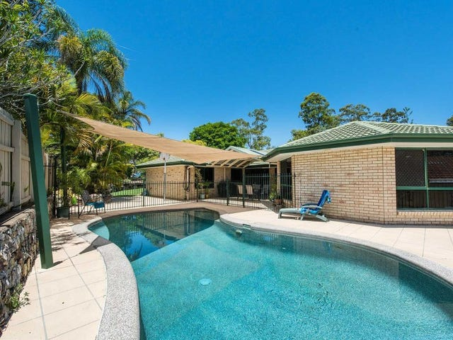 11 Curringa Street, Mansfield, Qld 4122
