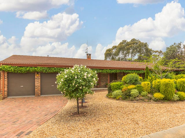 27 Connibere Crescent, Oxley, ACT 2903