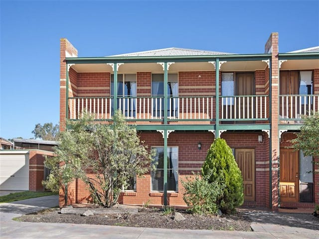 3/104-106 Whitehorse Road, Mount Clear, Vic 3350