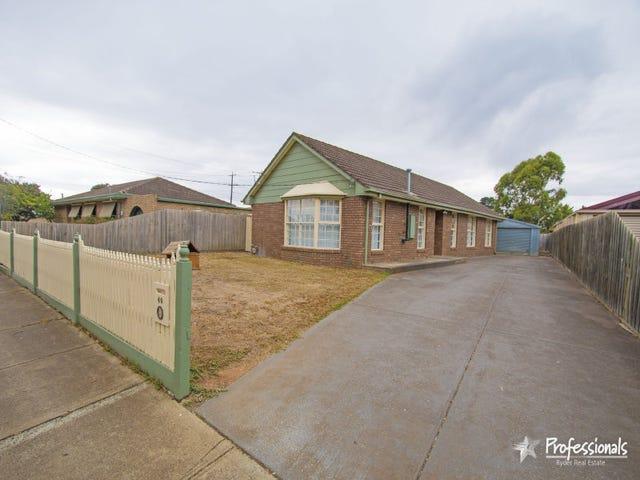 40 Blackwood Drive, Melton South, Vic 3338