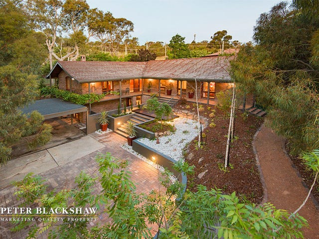 10 Shirlow Place, Weston, ACT 2611