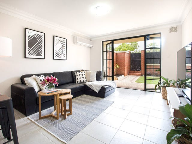 1/30 Banksia Terrace, South Perth, WA 6151