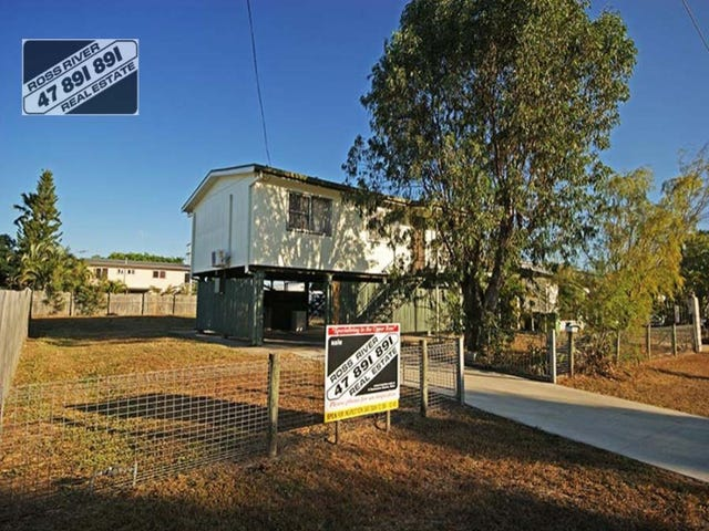 5 Champagne Crescent, Kelso, Qld 4815