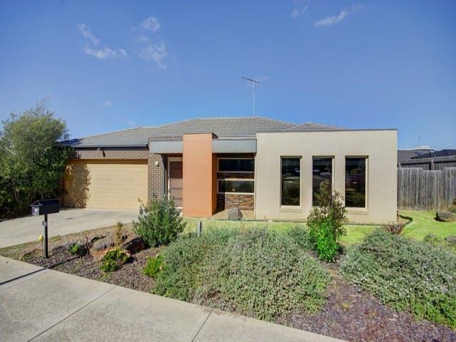 9 Macken Court, Highton, Vic 3216