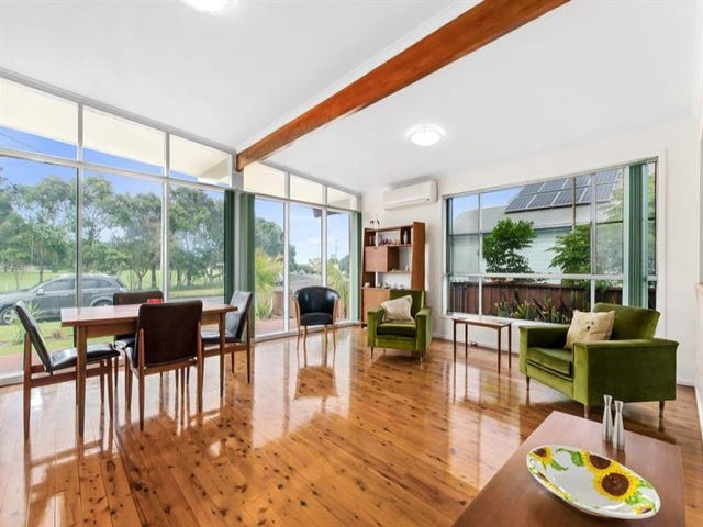 37 Dorrigo  Ave, Woonona, NSW 2517