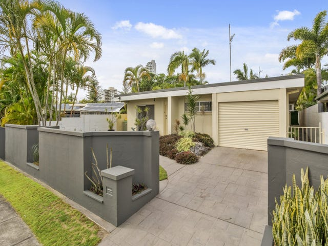 44 Brindisi Avenue, Isle Of Capri, Qld 4217
