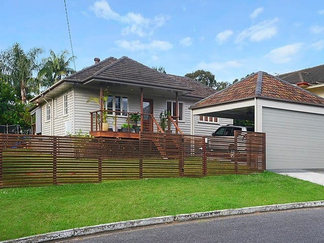 76 Layard Street, Holland Park, Qld 4121