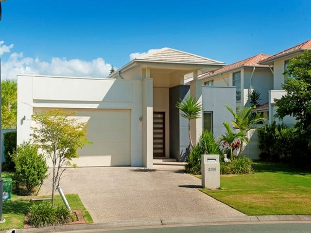 2809 Gracemere Circuit East, Hope Island, Qld 4212