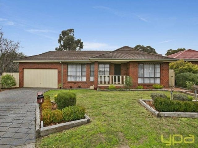 13 Bruce Court, Sunbury, Vic 3429