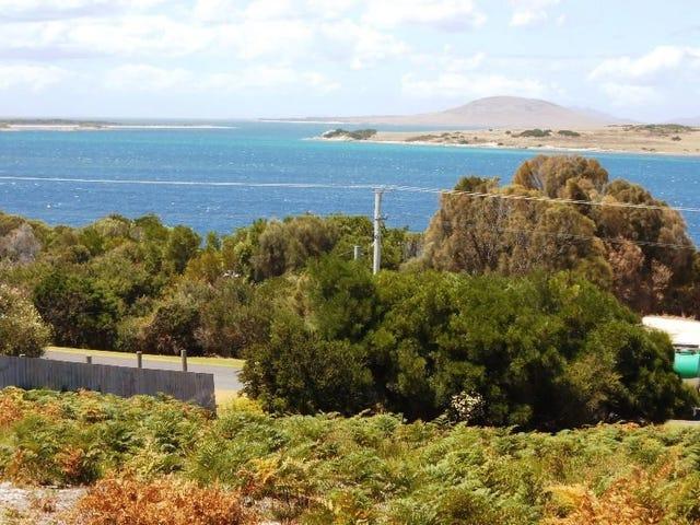 21-23 Franklin Parade, Lady Barron, Flinders Island, Tas 7255