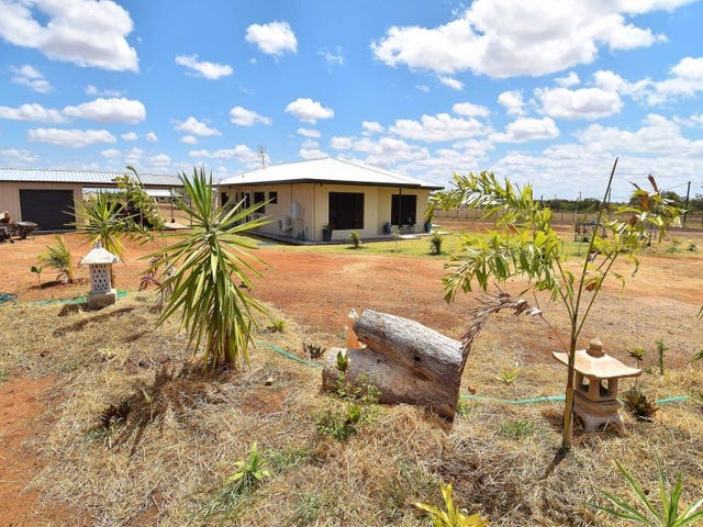 17 Golf Links Drive, Charters Towers, Qld 4820