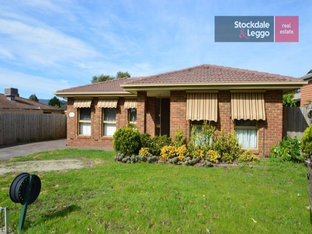 11 St Lawrence Way, Rowville, Vic 3178