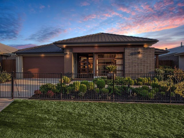 17 Peppermint Grove, Taylors Hill, Vic 3037