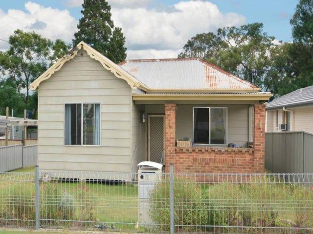 151 Harle Street, Abermain, NSW 2326