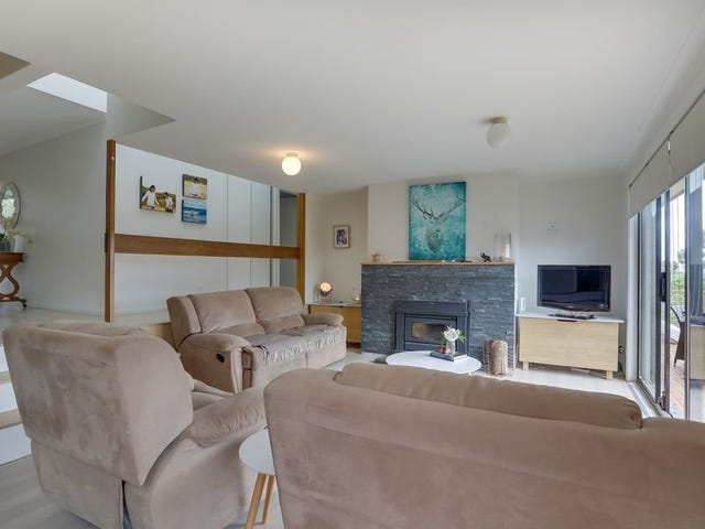 37 Robin Court, Lindisfarne, Tas 7015