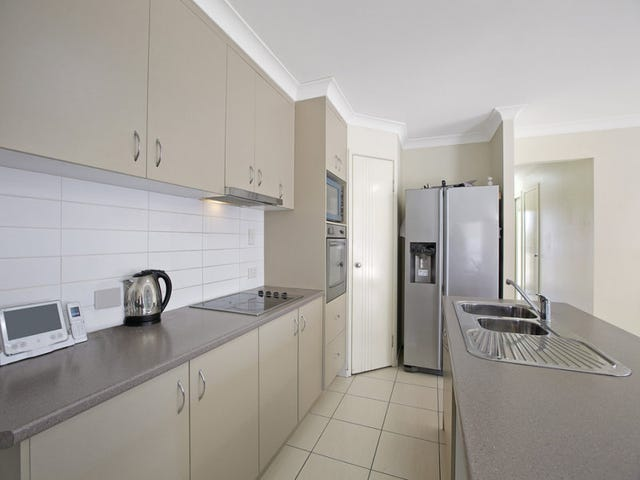 11 Gordon Drive, Bellbird Park, Qld 4300