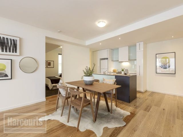 7 Magenta Place, Carlton, Vic 3053