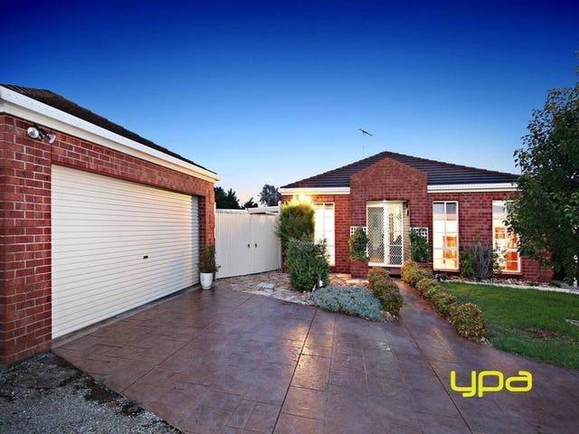 8 Tonelli Place, Burnside, Vic 3023