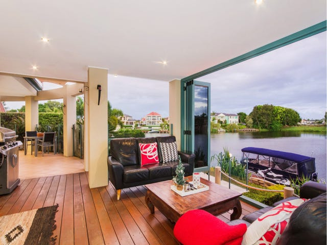 12 Staysail Crescent, Clear Island Waters, Qld 4226