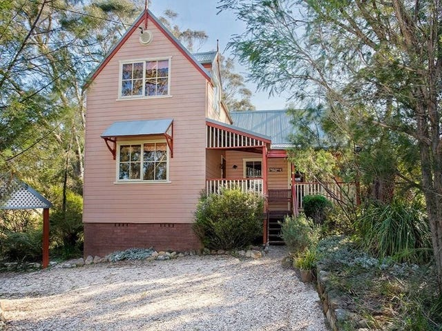 241 Govetts Leap Road, Blackheath, NSW 2785