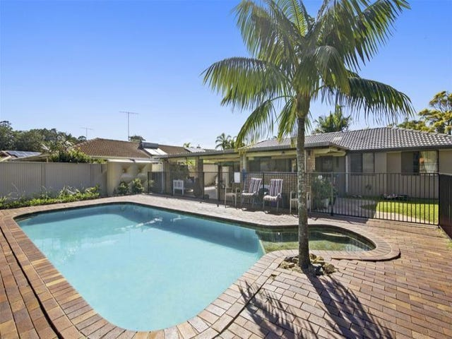 8 Clives Circuit, Currumbin Waters, Qld 4223
