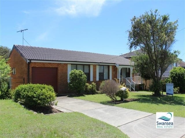 11 Middle St, Caves Beach, NSW 2281