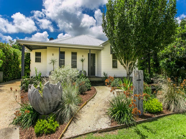 17 Blackwood Crescent, Bangalow, NSW 2479