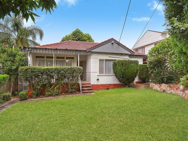 12 Lorraine Avenue, Padstow Heights, NSW 2211