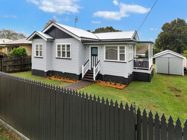 7 Duncraggon Street, South Toowoomba, Qld 4350