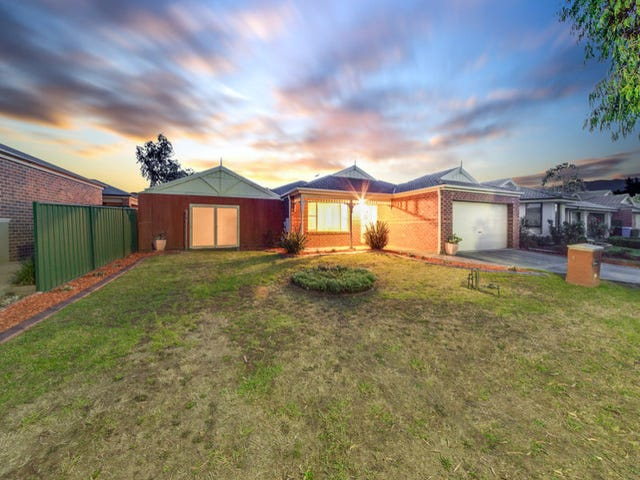 5 Galway Place, Cranbourne, Vic 3977