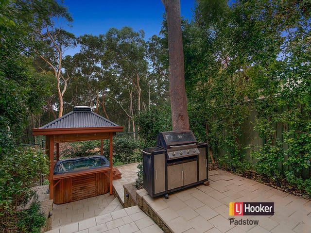 9/837 Henry Lawson Drive, Picnic Point, NSW 2213