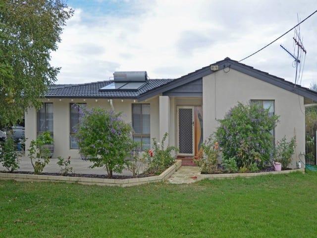 10 Gordon Street, Little Grove, WA 6330