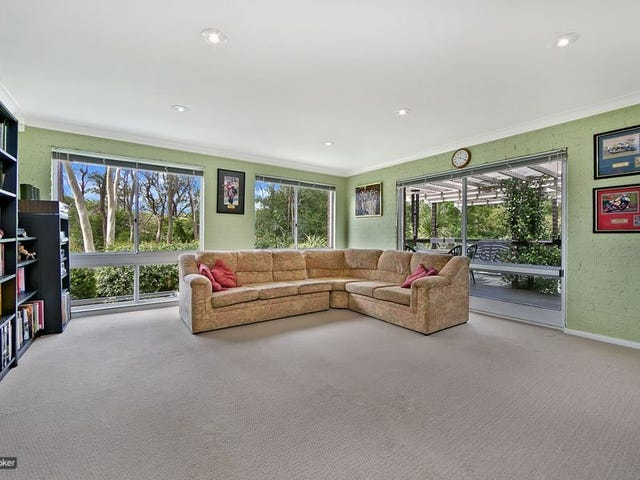3 Lackenwood Crescent, Galston, NSW 2159