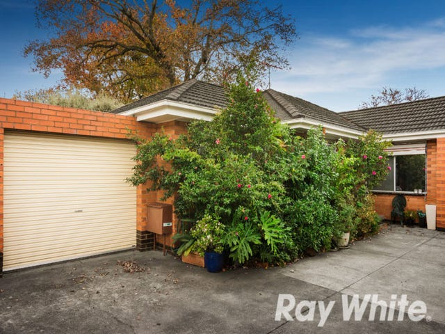 2/24 Wolseley Close, Mont Albert, Vic 3127