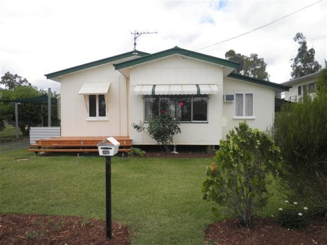 129 Miscamble Street, Roma, Qld 4455
