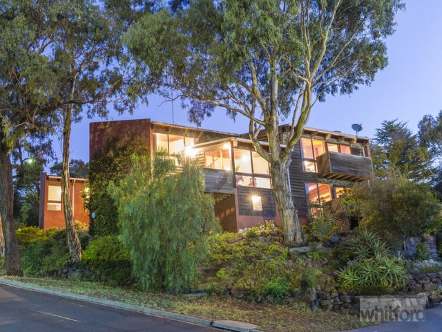 11 Tuxen Court, Highton, Vic 3216