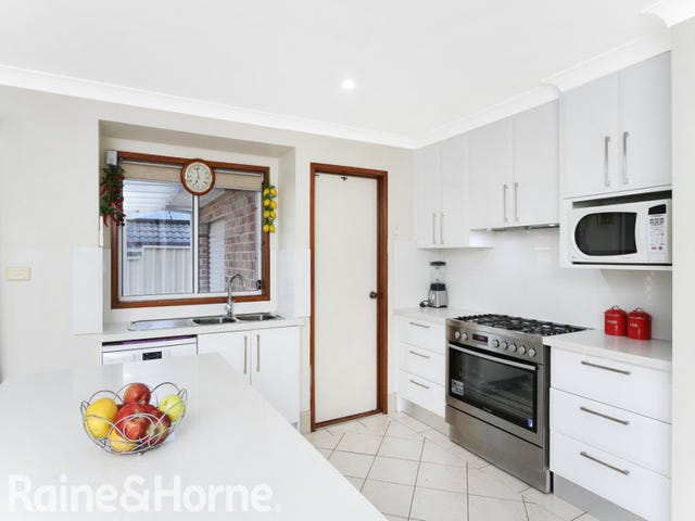 13 Strawberry Way, Glenwood, NSW 2768
