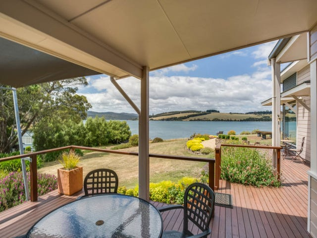 54 West Bay Road, Rowella, Tas 7270