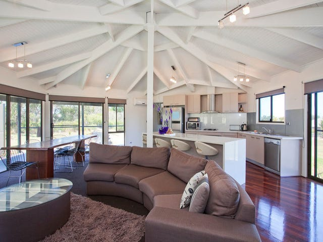 227 Coombes Road, Torquay, Vic 3228