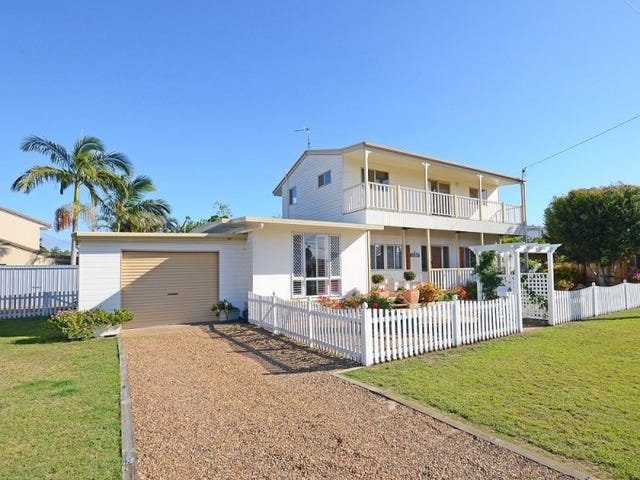 9 Keys Avenue, Torquay, Qld 4655