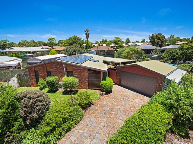 16 Zoe Court, Centenary Heights, Qld 4350