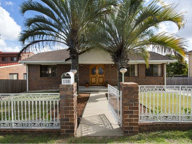 103 Meadowlands Road, Carindale, Qld 4152
