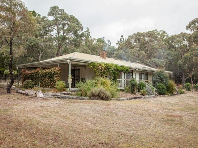 62 Pollards Lane, Creswick, Vic 3363