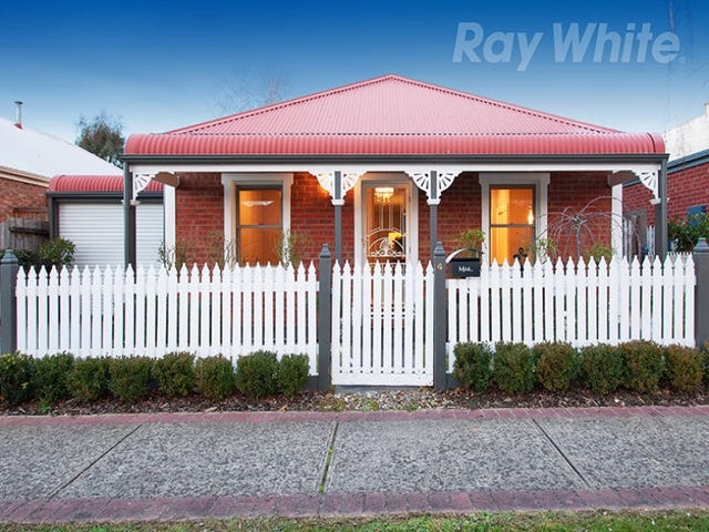 4 ROSEWOOD PLACE, Chirnside Park, Vic 3116