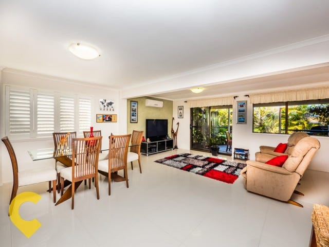 8 Willoughby Crescent, Springwood, Qld 4127