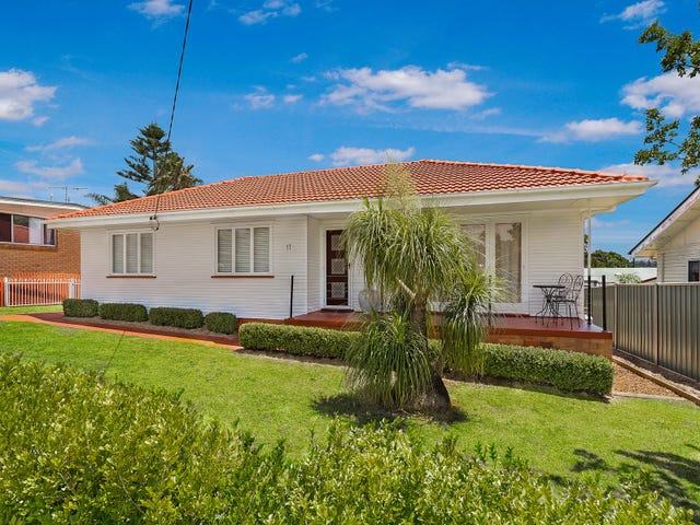 17 McNamara Street, Centenary Heights, Qld 4350