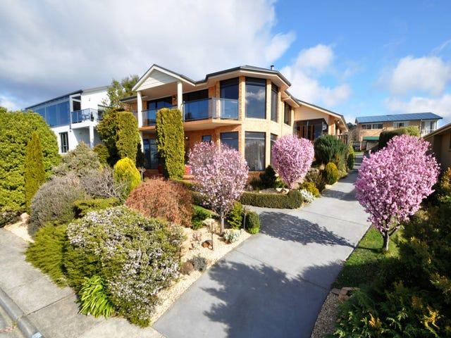 39 Tahune Crescent, Blackmans Bay, Tas 7052