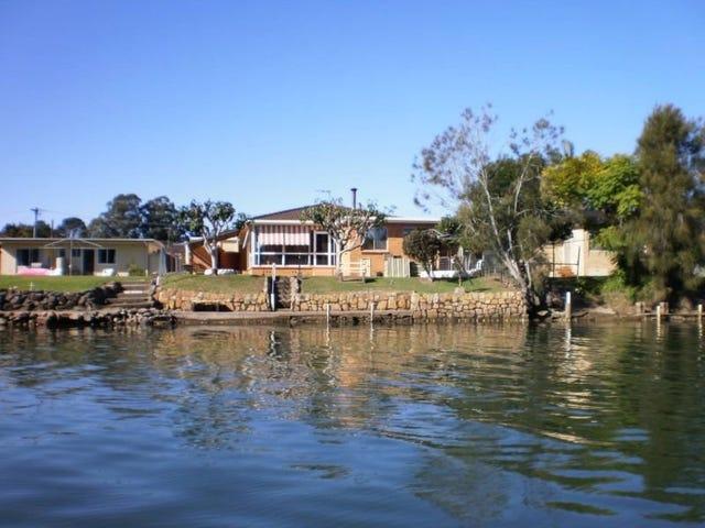 7 Marina Cres, Urunga, NSW 2455